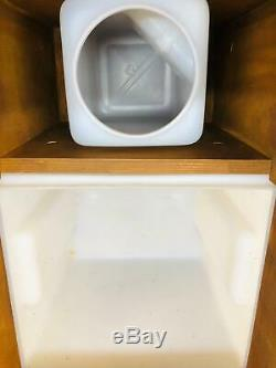 The'Two-Stained Little Floozy' Compost Toilet for Boats and Off-Grid Living